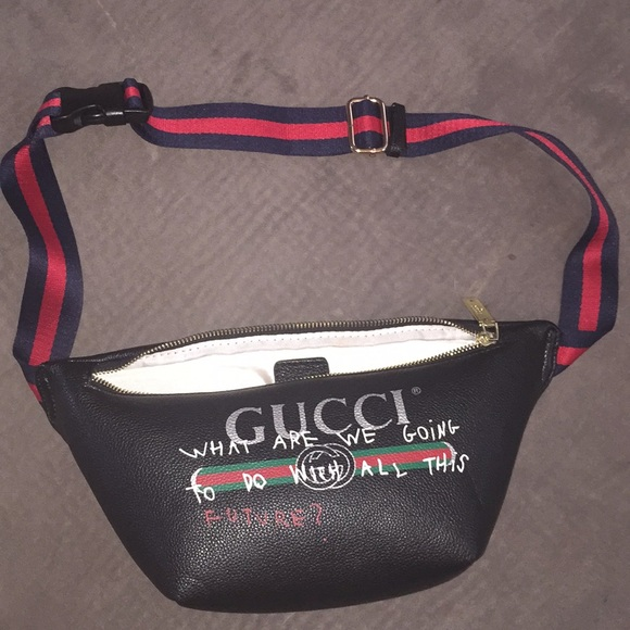 Gucci Handbags - Authentic Gucci Fanny pack